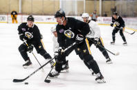Pittsburgh Penguins' Jeff Carter (77) attends an NHL hockey practice Thursday, Sept. 23, 2021, in Cranberry Township, Pa. (Andrew Rush/Pittsburgh Post-Gazette via AP)