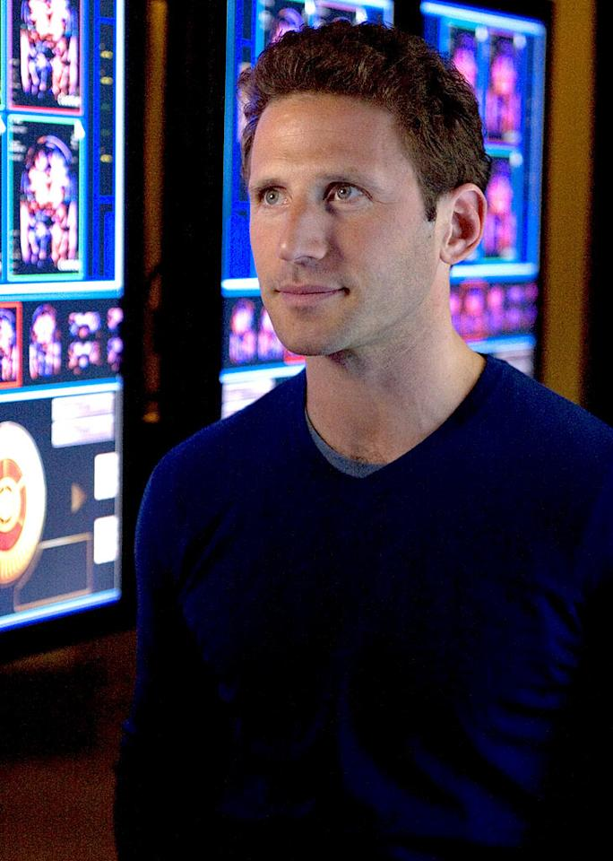 Mark Feuerstein stars as Dr. Jonathan Singer in 3 Lbs. on CBS.