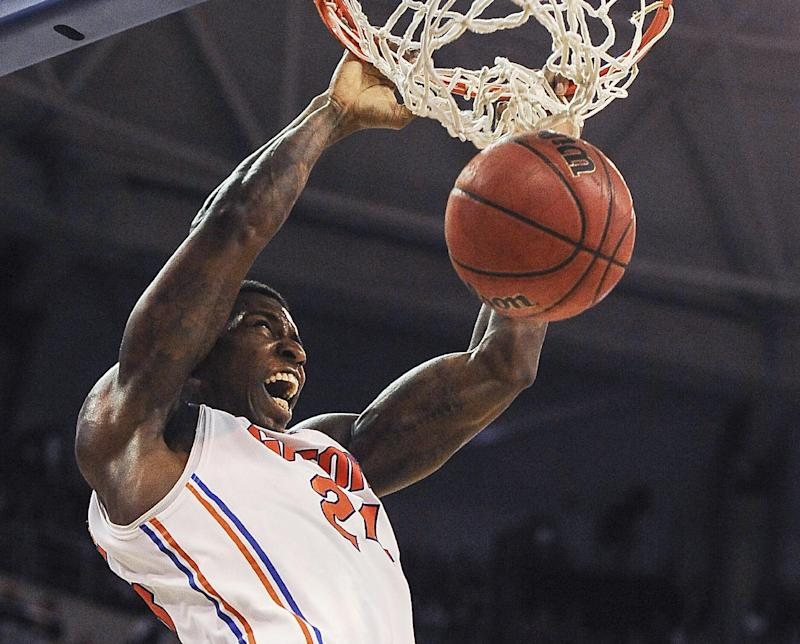 No. 10 Florida puts end to Arkansas streak in OT