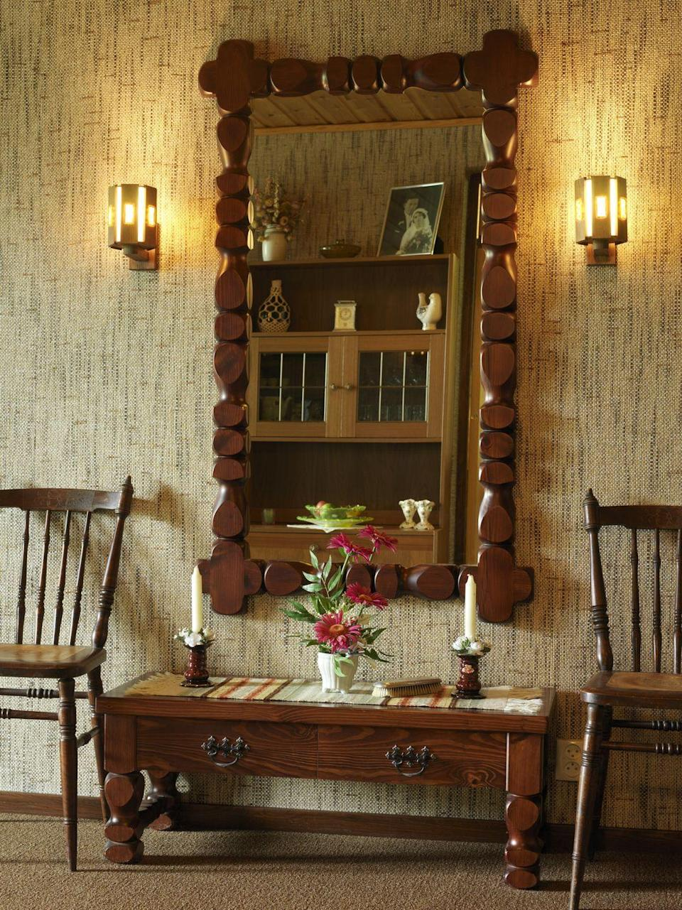 <p>Maybe as a result of patriotism over the Bicentennial, Colonial furniture came back with a vengeance, bringing with it turned wood and other favorites of our forefathers.</p>