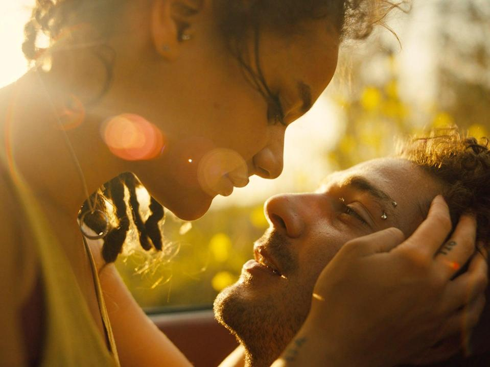 """<p>The dreamy romance <a href=""""http://www.netflix.com/title/80096782"""" class=""""link rapid-noclick-resp"""" rel=""""nofollow noopener"""" target=""""_blank"""" data-ylk=""""slk:American Honey""""><b>American Honey</b></a> revolves around Star (played by Sasha Lane), a young woman who runs away from her troubled home life to drive across the Midwest, and Jake (played by <a class=""""link rapid-noclick-resp"""" href=""""https://www.popsugar.com/Shia-LaBeouf"""" rel=""""nofollow noopener"""" target=""""_blank"""" data-ylk=""""slk:Shia LaBeouf"""">Shia LaBeouf</a>), the hard-partying guy who lures Star into a world of debauchery.</p>"""