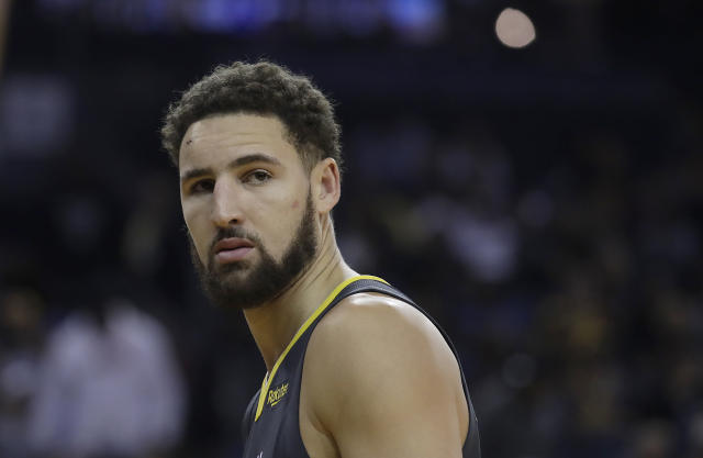 "<a class=""link rapid-noclick-resp"" href=""/nba/players/4892/"" data-ylk=""slk:Klay Thompson"">Klay Thompson</a> took a shot at the <a class=""link rapid-noclick-resp"" href=""/nba/teams/cle"" data-ylk=""slk:Cavs"">Cavs</a>. (AP Photo/Jeff Chiu)"