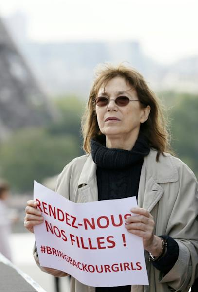 Actress and singer Jane Birkin takes part to a demonstration for the release of the Nigerian schoolgirls held hostage by the Islamists in Nigeria, on May 13, 2014 on the Trocadero plaza in Paris