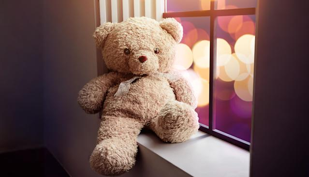 Putting a teddy bear in your window may comfort a child experiencing abuse during lockdown, doctors have said. (Getty Images)