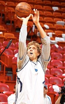 Nowitzki insists injury won't harm his shooting