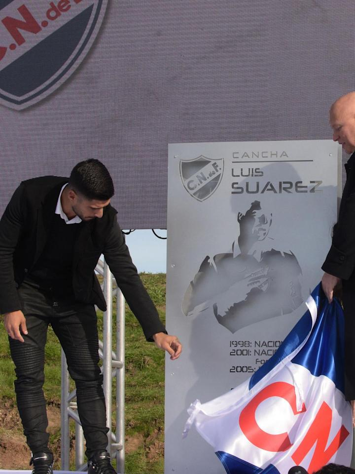 Luis Suarez breaks down in tears as he returns to boyhood club in Uruguay
