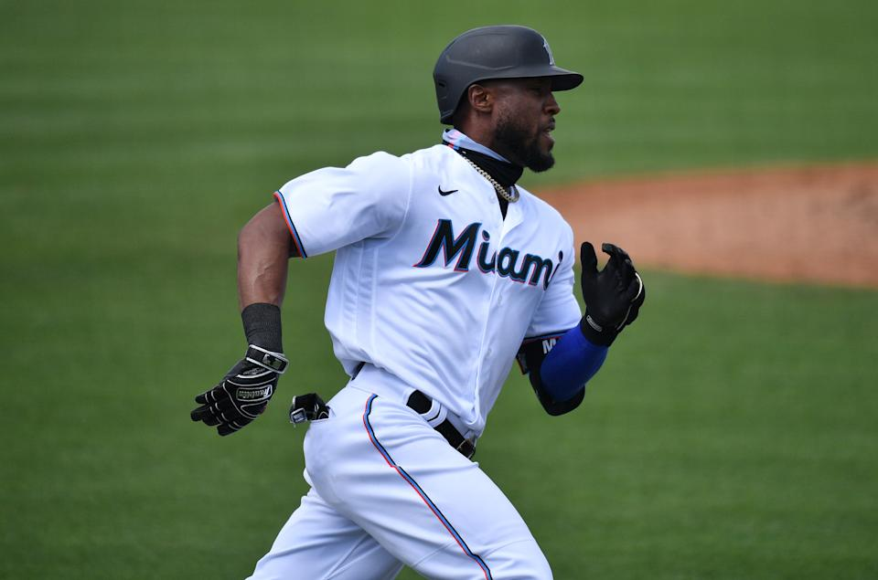 JUPITER, FLORIDA - MARCH 01: Starling Marte #6 of the Miami Marlins in action against the New York Mets in a spring training game at Roger Dean Chevrolet Stadium on March 01, 2021 in Jupiter, Florida. (Photo by Mark Brown/Getty Images)
