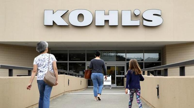 Customers enter a Kohl's store on August 21, 2018 in San Rafael, California. Kohl's reported better than expected second quarter earnings with earnings of $292 million, or $1.76 per share. Analysts had expected $1.65 per share. (Photo by Justin Sullivan/Getty Images)