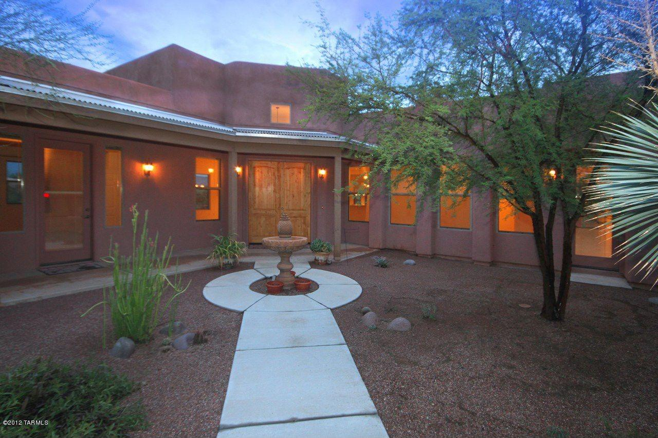 "<p><a href=""http://yhoo.it/XwlF2I"" target=""_blank"">Tucson, AZ</a><br /> <a href=""http://yhoo.it/YKkiQL"" target=""_blank"">13875 E Langtry Ln, Tucson, AZ</a></p> <p>For sale: $279,000</p> <p>This 3-bedroom is located in a retirement community with several shared amenities including a pool, spa and fitness center. The 2,675-square-foot house was built in 2006 and has views of the Rincon Mountains.</p> <p><strong><a href=""http://yhoo.it/YKkiQL"" target=""_blank"">Click here to go to the listing</a></strong> with more photos and details. And <strong><a href=""http://yhoo.it/XwlF2I"" target=""_blank"">click here to see all Tucson listings</a>.</strong></p>"