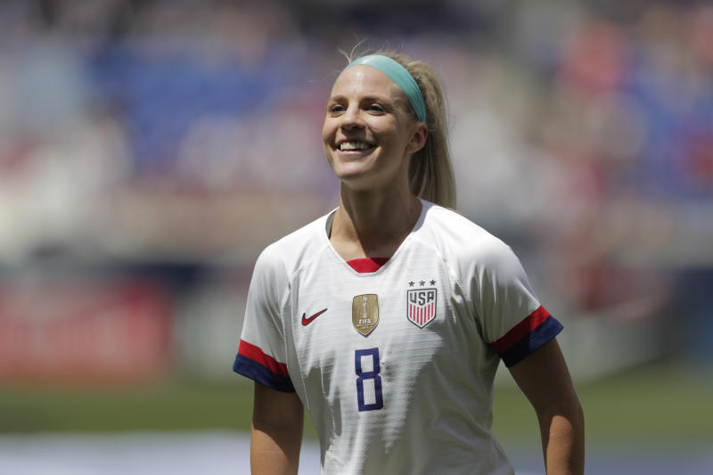 Midfielder Ertz named US Soccer Female Player of the Year