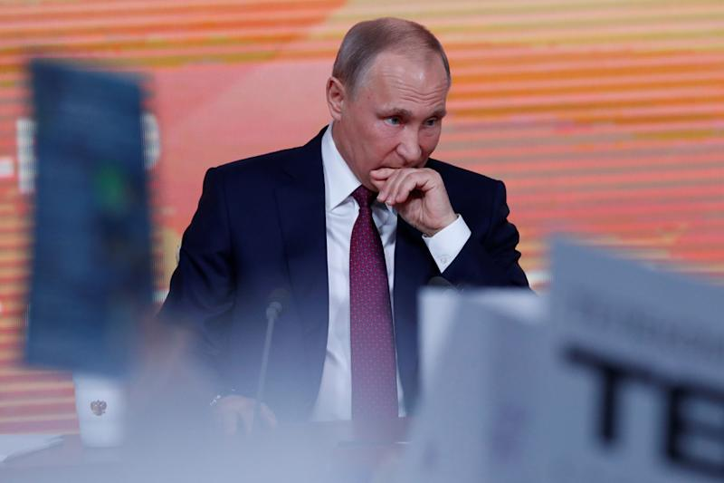 Putin Says He Does Not Have a Smartphone