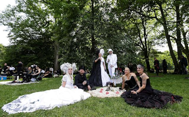 <p>Revellers attend the Victorian picnic during the Wave and Goth festival in Leipzig, Germany, June 2, 2017. (David W Cerny/Reuters) </p>