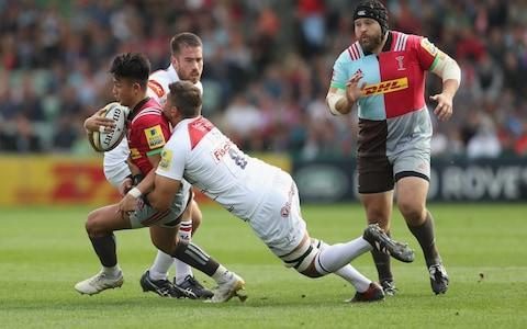 Mike Williams tackles Marcus SmithCredit: Getty Images