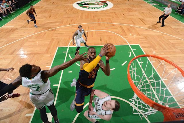"""LeBron James shows <a class=""""link rapid-noclick-resp"""" href=""""/nba/players/5164/"""" data-ylk=""""slk:Kelly Olynyk"""">Kelly Olynyk</a> how this all ends. (Getty Images)"""