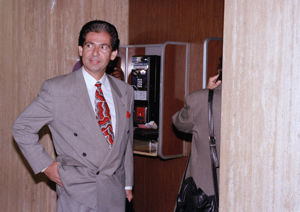 Robert Kardashian, O.J. Simpson's friend and associate, waits outside the grand jury room, Aug. 31, 1994, in Los Angeles. Kardashian has been subpoenaed by the grand jury to give testimony regarding the murder case against the former NFL star. (AP Photo/Nick Ut)