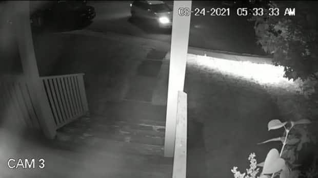 Footage of a vehicle police are looking for in relation to a homicide earlier this week. (Calgary Police Service - image credit)