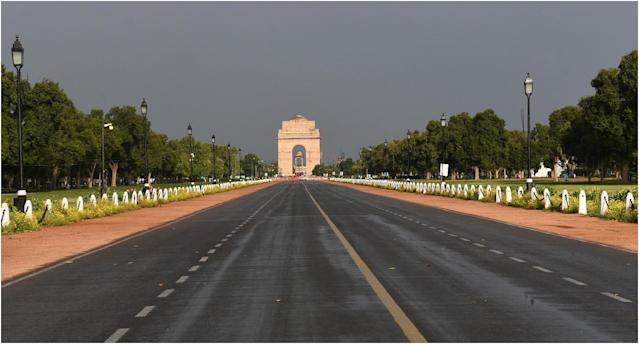 Deserted view of Rajpath during the lockdown imposed by the Delhi government to curb the spread of coronavirus. Photo by Vipin Kumar/Hindustan Times via Getty Images
