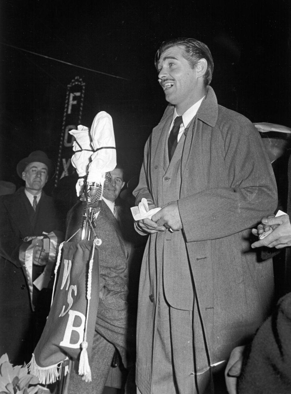 <p>Clark Gable makes a speech at the premiere of <em>Gone With the Wind</em> in Atlanta, Georgia, on December 15, 1939.</p>
