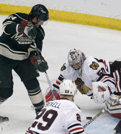 Crawford is back in winning form in the Blackhawks' crease after a four-game stint on the bench. (Getty)