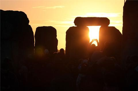 Winter solstice welcomed at Stonehenge
