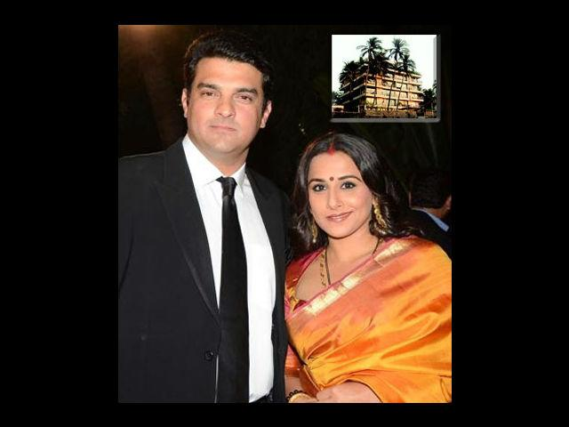 "<div class=""heading03""><strong>Siddharth Roy Kapoor's gift for Vidya</strong></div> <p>The UTV chief Siddharth Roy Kapoor and Vidya Balan always kept their relationship under wraps until the day they got married. But it was no matter to hide when he gifted his lady love a high end luxurious flat in Juhu, Mumbai. The flat being a sea facing one and located in a posh locality was very expensive.</p>"