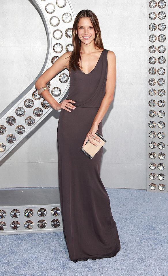 "<a href=""http://movies.yahoo.com/movie/contributor/1809785828"">Alessandra Ambrosio</a> at the New York City premiere of <a href=""http://movies.yahoo.com/movie/1810111276/info"">Sex and the City 2</a> - 05/24/2010"