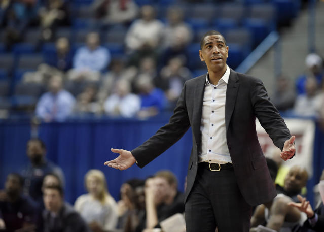Connecticut head coach Kevin Ollie during the second half an NCAA college basketball game. (AP)