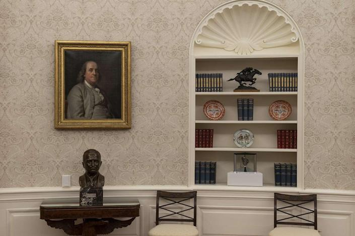 President Biden has replaced the Andrew Jackson portrait in the Oval Office with one of Benjamin Franklin.