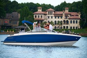 The innovative new R4 Sterndrive expands the runabout experience with its wide range of lifestyle options