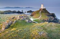 <p>With coastal paths, unparalleled beauty and sandy beaches, Anglesey is one of the most beautiful islands in Britain. A visit here will have you longing to come back each year. </p>