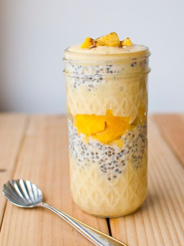 Mango Lass overnight oats