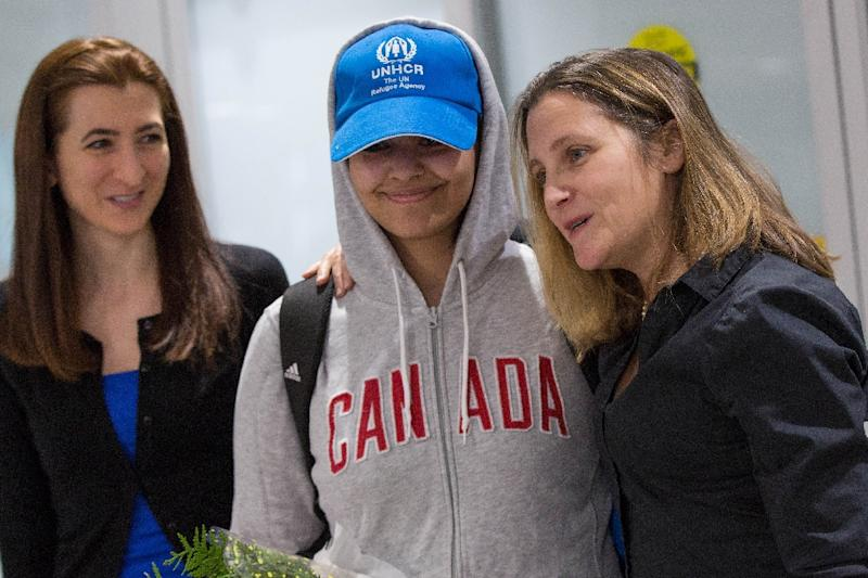 "Canadian Minister for Foreign Affairs Chrystia Freeland (R) said Rahaf Mohammed al-Qunun, 18, is ""very, very happy"" to be in Canada which gave her asylum after she fled her Saudi homeland (AFP Photo/Lars Hagberg)"