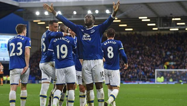 <p>Everton are now on the verge of challenging for a top four spot this season after recording their 14th win of the campaign against Hull City this weekend.</p> <br><p>Ronald Koeman's side demolished the travelling Tigers 4-0, but they were helped by a second-half Tom Huddlestone red card while the score was poised at 1-0.</p> <br><p>Everton are now level on points with free-falling sixth-placed Arsenal, two points behind Manchester United in fifth and six points behind city-rivals Liverpool, who welcome the visit of Everton to Anfield after the international break.</p> <br><p>If the Toffees can secure a result at Anfield, considering the way they've been playing recently, there's no reason why they can't challenge the likes of Liverpool and Manchester United for fourth spot.</p>