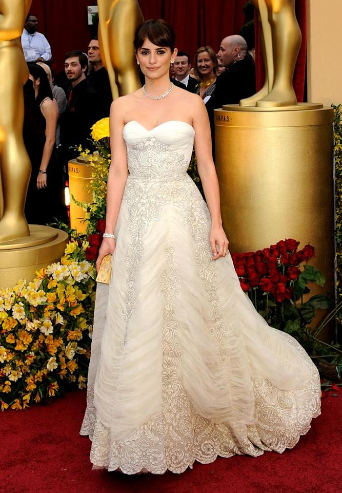 Actress Penelope Cruz arrives at the 81st Annual Academy Awards -- Feb. 22, 2009.
