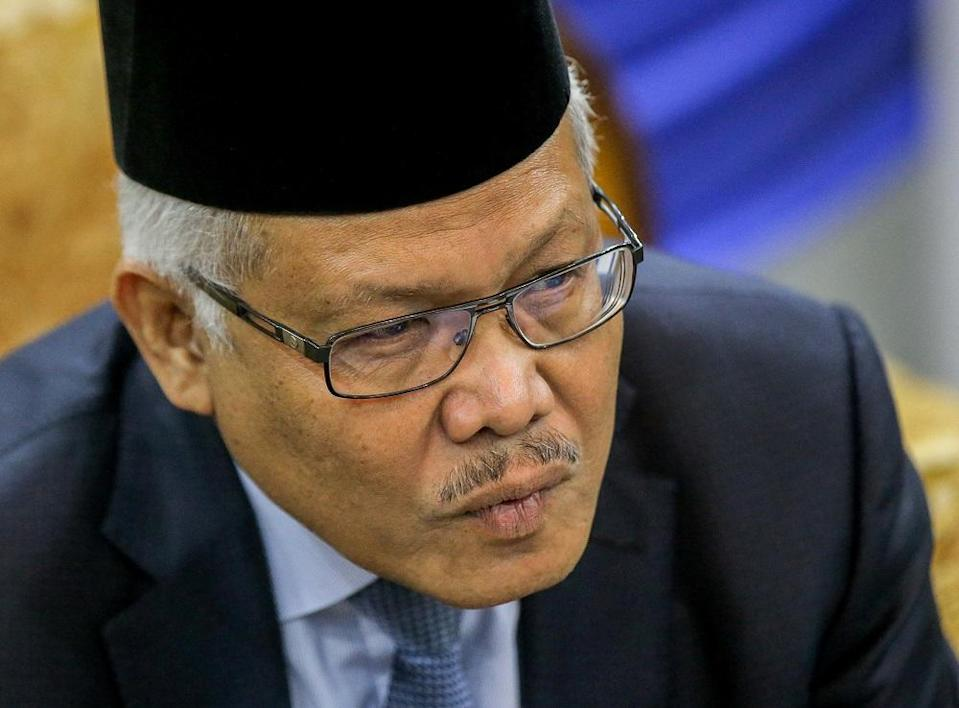 Hamzah confirmed investigations are also being carried out on Md Rahyan's employer. — Picture by Farhan Najib