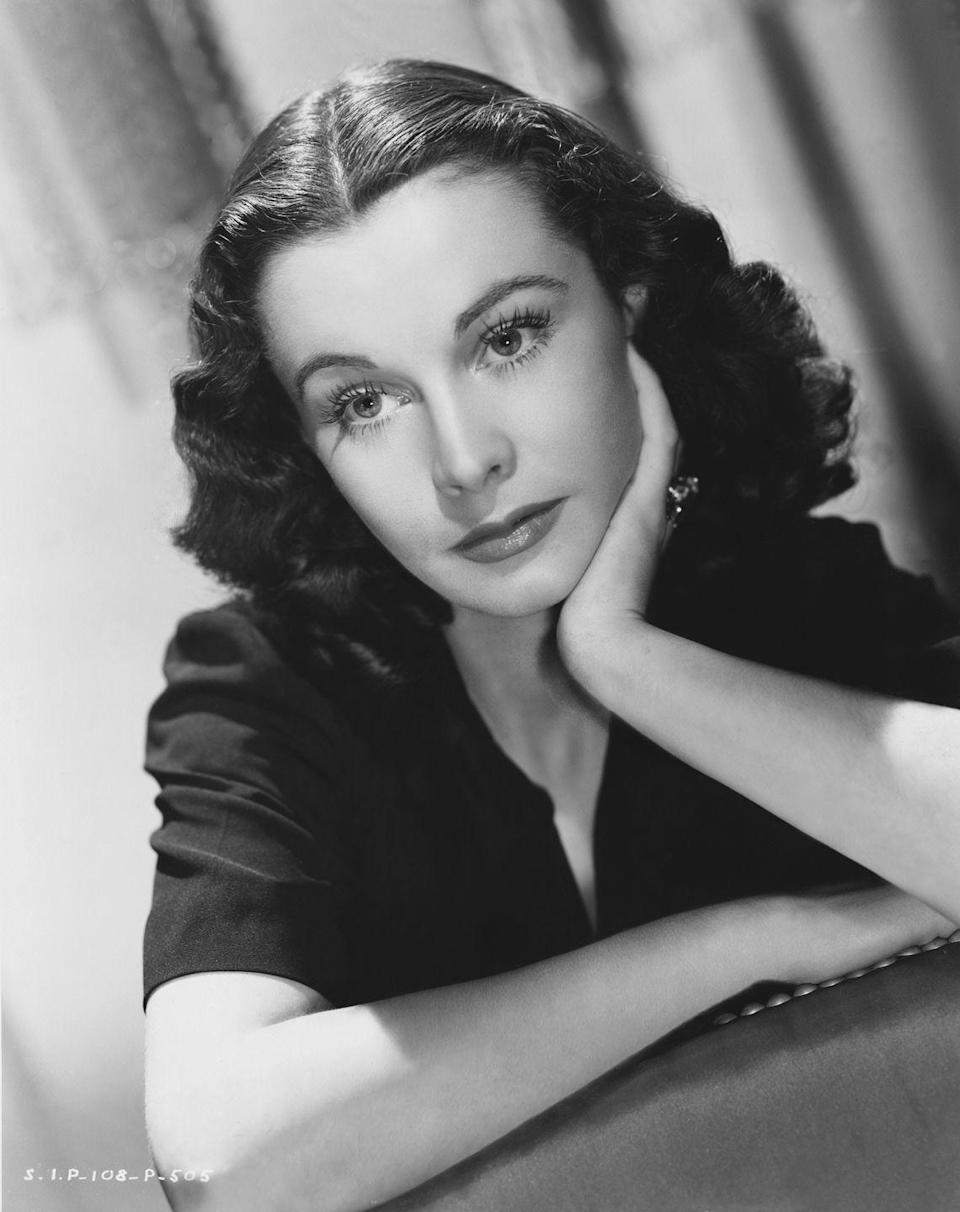 <p>Vivien Leigh is just one actress who was known for her center part paired with tight, face-framing curls in the mid-'50s. </p>