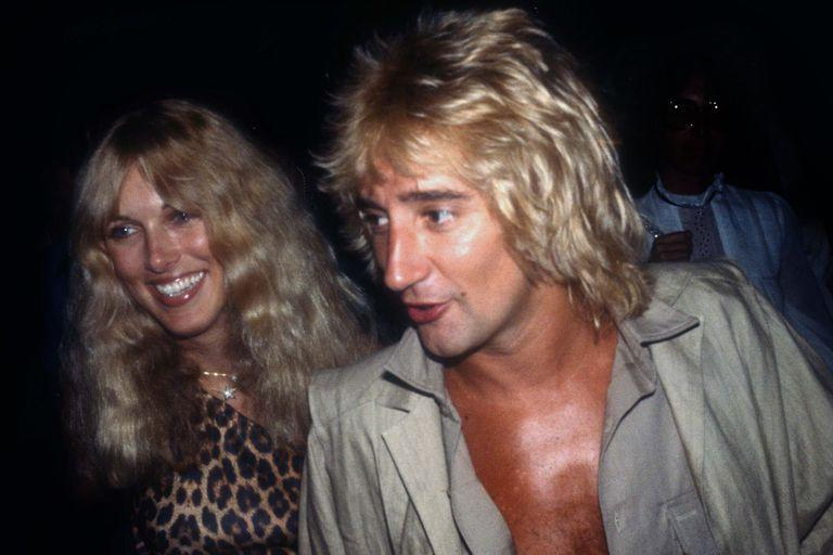 Rod and Alana Stewart in the late 70s, about to enter the famous New York album, Studio 54 (Adam Scull / Photolink / Shutterstock /)
