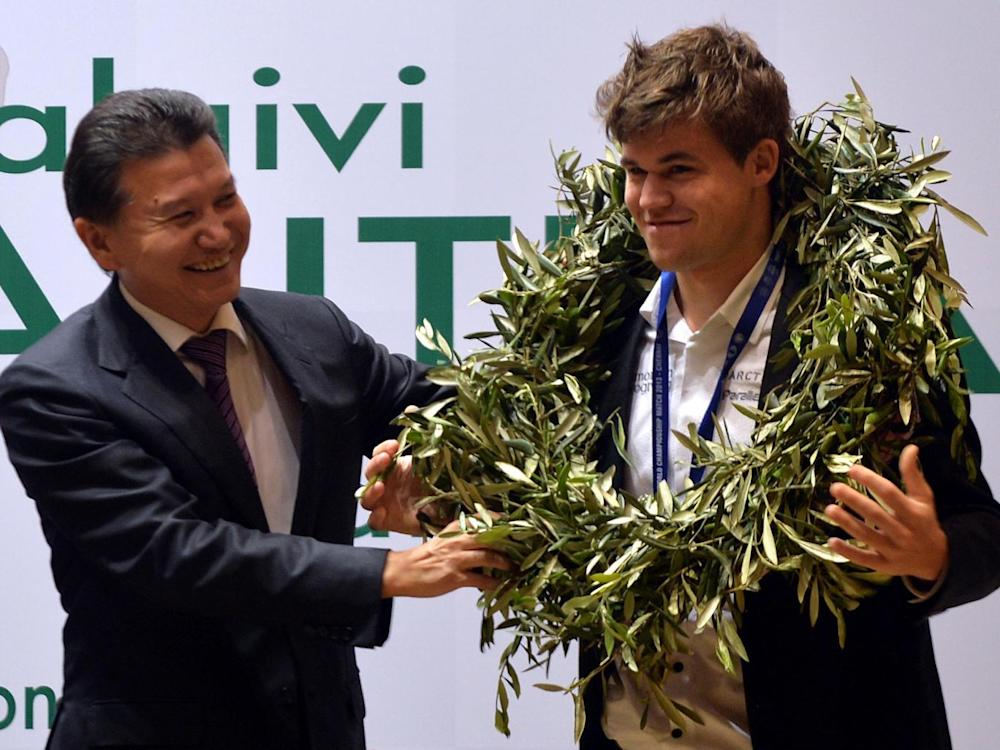 With Norwegian prodigy Magnus Carlsen in 2013 (Getty)
