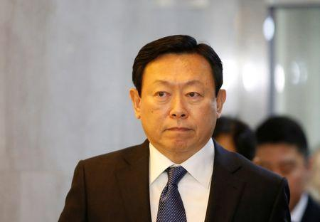 Lotte Group chairman Shin Dong-bin arrives to attend a hearing at the National Assembly in Seoul