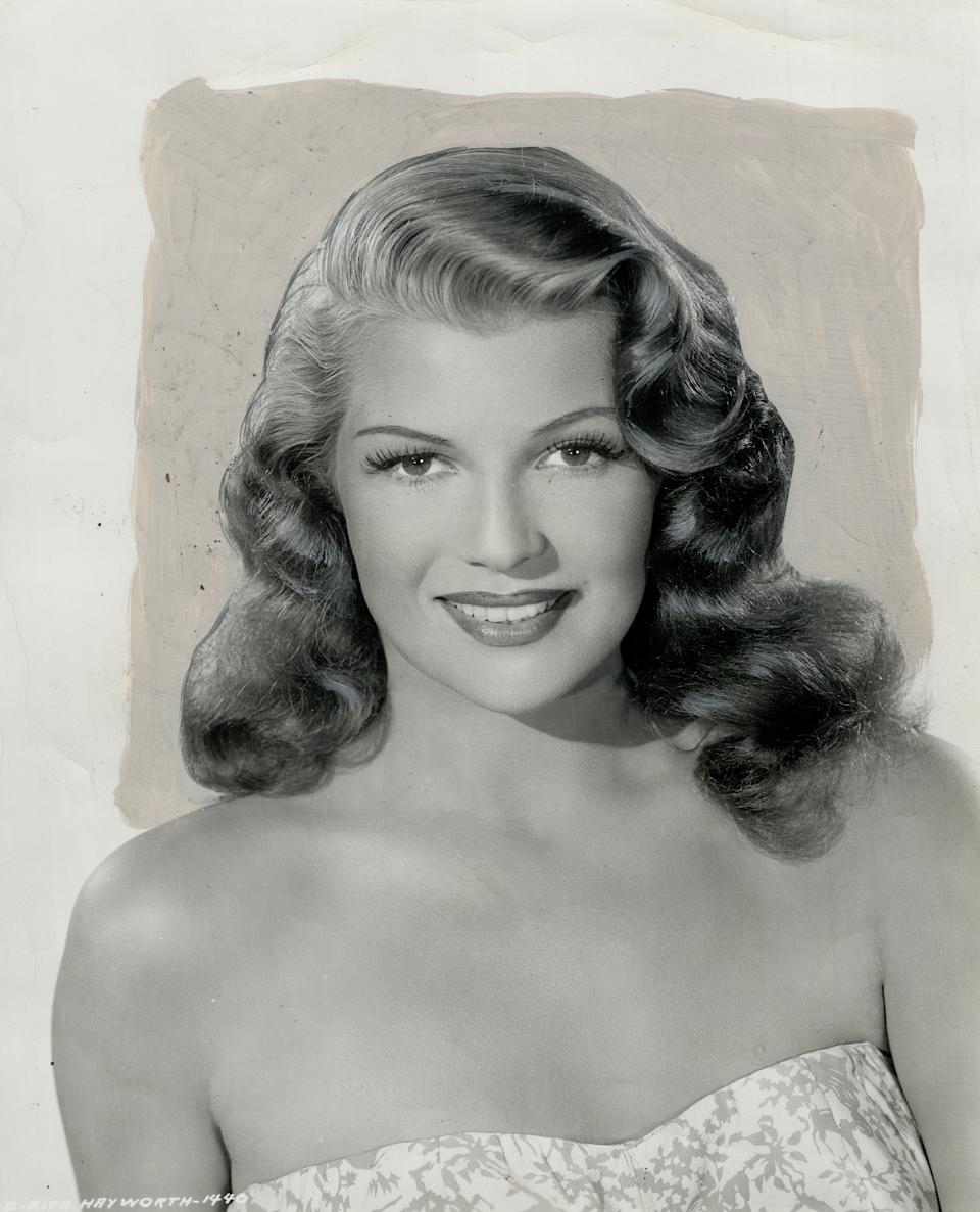 CANADA - DECEMBER 21:  Rita Hayworth; All Set for $1;000;000 Contract   (Photo by Coburn/Toronto Star via Getty Images)