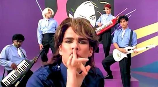"Sugar Ray spoof Duran Duran's ""Is There Something I Should Know?"" video. (Photo: Warner Bros. Records)"