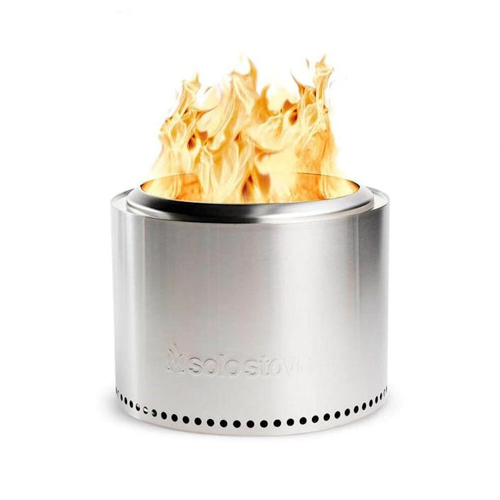 """<p><strong>Solo Stove</strong></p><p>solostove.com</p><p><strong>$299.99</strong></p><p><a href=""""https://go.redirectingat.com?id=74968X1596630&url=https%3A%2F%2Fwww.solostove.com%2Fsolo-stove-bonfire%2F&sref=https%3A%2F%2Fwww.menshealth.com%2Ftechnology-gear%2Fg19521968%2Fcool-gifts-for-dad%2F"""" rel=""""nofollow noopener"""" target=""""_blank"""" data-ylk=""""slk:BUY IT HERE"""" class=""""link rapid-noclick-resp"""">BUY IT HERE</a></p><p>Looking for a backyard gift your dad will love? The Solo Stove Bonfire is portable and easy to use, so whenever he wants to cozy up by a fire this season or entertains pals with some fresh air, he'll think of you.</p>"""