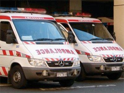 <p>Paramedics left to eat lunch as woman lay dying</p>