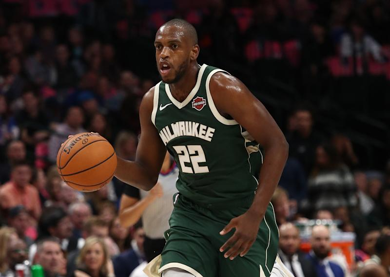 Khris Middleton is expected to miss 3-to-4 weeks with a thigh contusion. (Ronald Martinez/Getty Images)