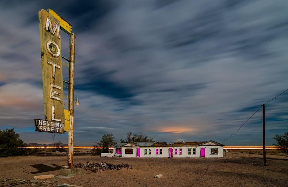 "<p>The Henning Motel sits on iconic Route 66 in the Mojave Desert ghost town of Newberry Springs. <br></p><p>Photo: Flickr/<a href=""https://www.flickr.com/photos/nkerns/15819721750/in/photolist-q6Wd8h-4qFCEV-6tVy23-3kcvB1"" rel=""nofollow noopener"" target=""_blank"" data-ylk=""slk:Noel Kerns"" class=""link rapid-noclick-resp"">Noel Kerns</a></p>"