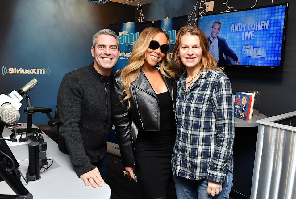 NEW YORK, NY - NOVEMBER 14: (EXCLUSIVE COVERAGE) Singer Mariah Carey (C) poses with hosts Andy Cohen and Sandra Bernhard at Radio Andy at SiriusXM Studios on November 14, 2018 in New York City.  (Photo by Slaven Vlasic/Getty Images for Sirius XM)