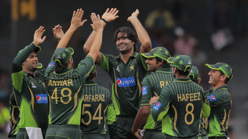 Pakistan Cricket Board Bans Fast Bowler Mohammad Irfan for a Year