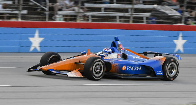 Scott Dixon enters Turn 1 during the IndyCar auto race at Texas Motor Speedway, Saturday, June 8, 2019, in Fort Worth, Texas. (AP Photo/Larry Papke)