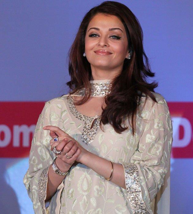 India's global star Aishwarya Rai was appointed UNAIDS goodwill ambassador to help raise awareness on issues related to stopping new HIV infections in children. She also donated her eyes to the Eye Bank Association of India.She founded the Aishwarya Rai Foundation to help those in need. And was chosen as the first Goodwill Ambassador of Smile Train - an international organisation that provides free cleft lip and palate surgery.