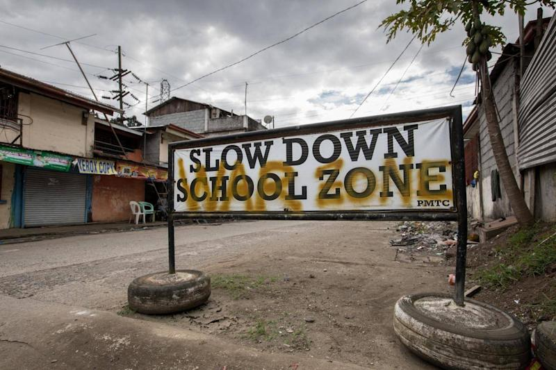 A sign in Marawi city, the Philippines (Hanna Adcock/Save the Children)